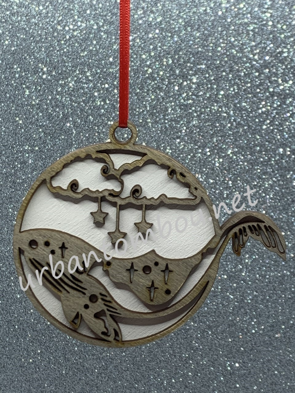 Humpback ornament - Grey