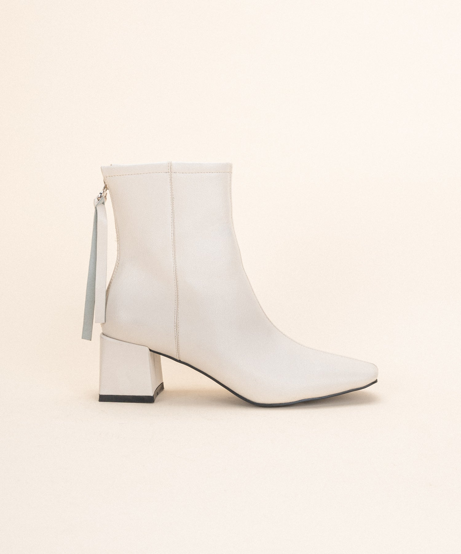 Kadee •  Square Toe Block Heel