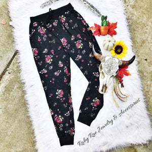 Cranberry Floral Loungers - Ruby Rue Jewelry & Accessories