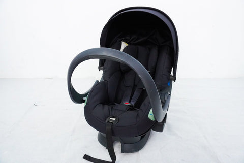 Pre-loved Stokke iZi Sleep™ X3 by BeSafe