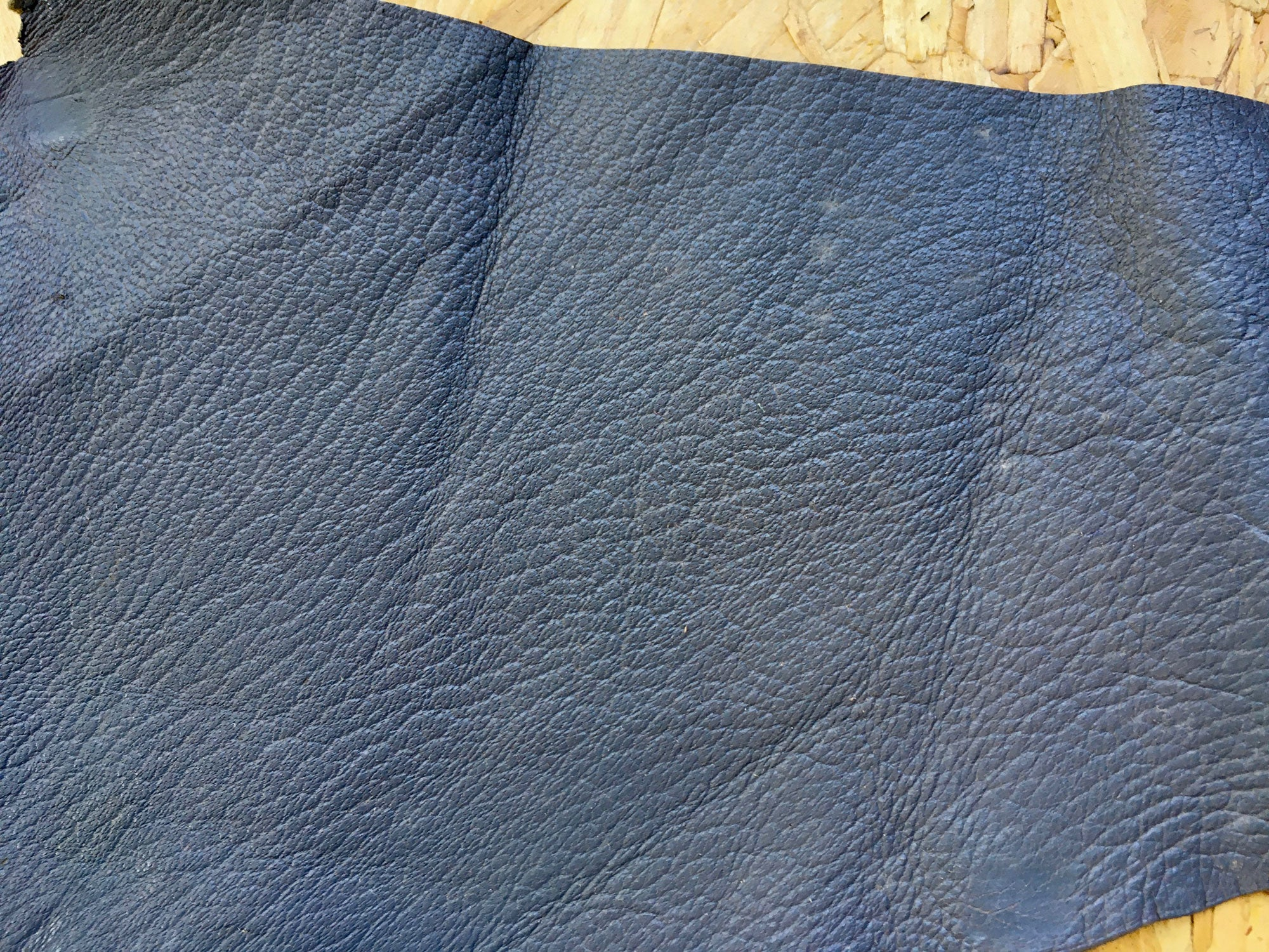 Scrap Leather Offcuts – Grey Goatskin Leather Pieces