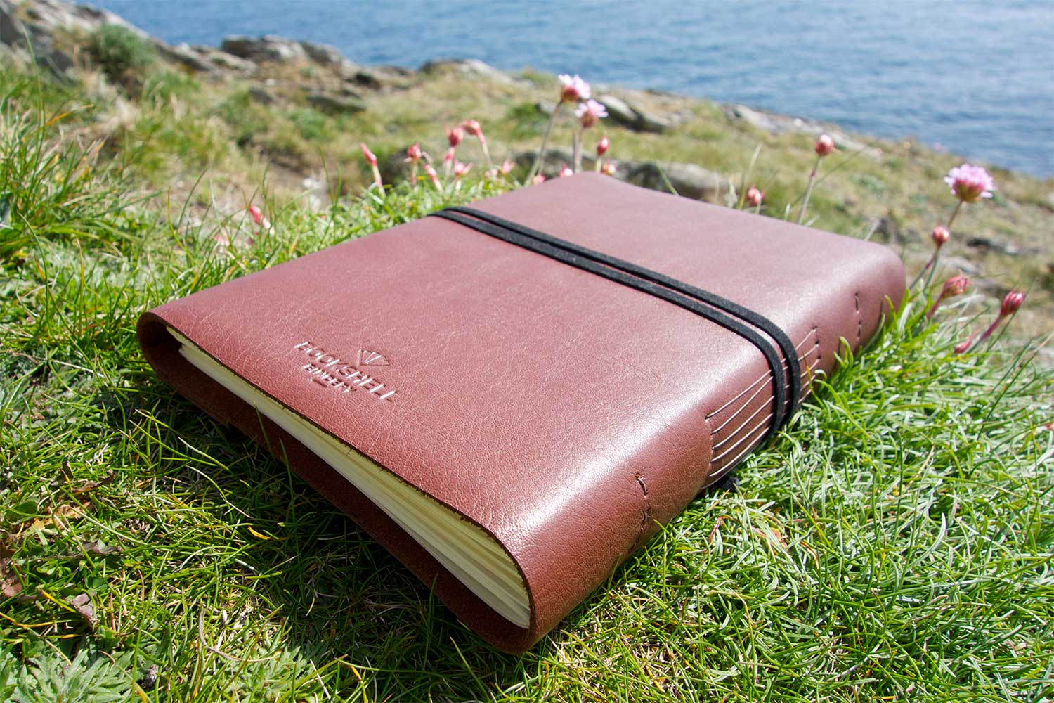 Men's journal in light brown leather from Bookshell bindery detail of the back cover