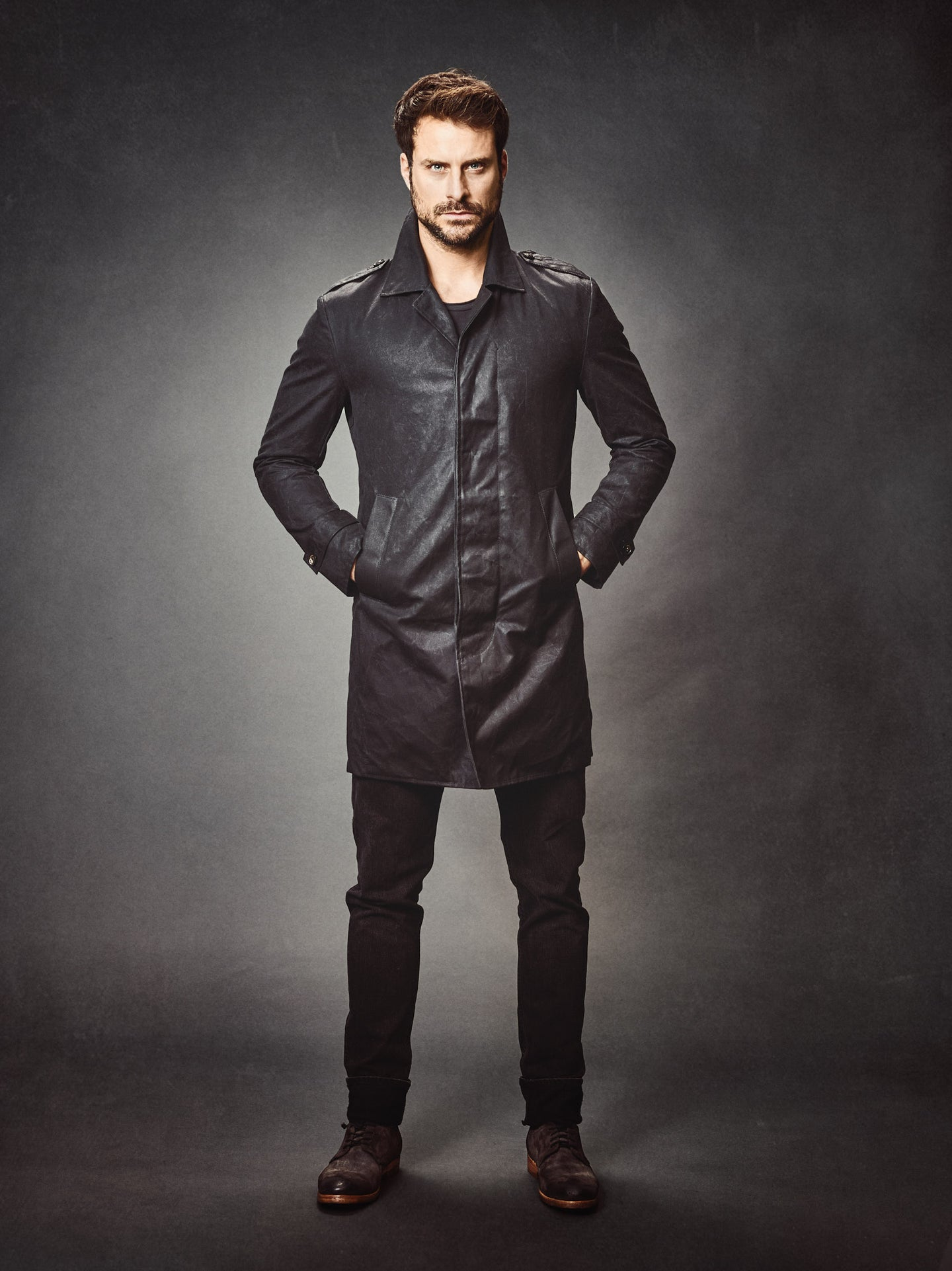 PERRARO Waxed Trenchcoat #Black