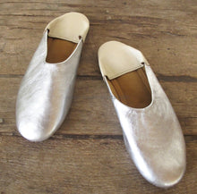 Leather Shoes / Babouche Silver X Ivory Flat Low Heel