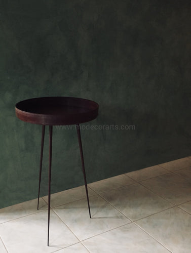 Occasional side table made of steel and finished in rusted - matt varnished. Accent furniture by African home decor.