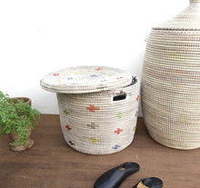 Unique patterned storage basket suiting to your home decor. This Senegal container can used for toy storage.