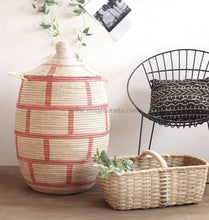 Simple Brick Patterned Laundry Basket (Xl) / Red & Ivory Tajine Lid