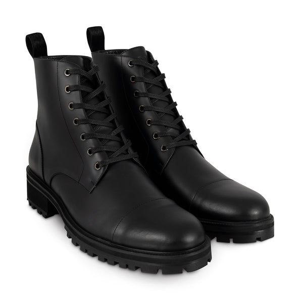 Derby ankle boot | The Strikers