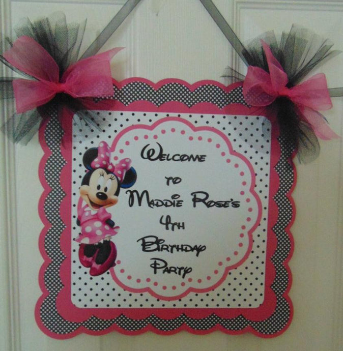 MINNIE MOUSE - WELCOME DOOR SIGN BANNER