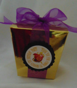 DISNEY DESCENDENTS - GOLD FAVOR BOXES WITH RIBBON AND PERSONALIZED TAGS