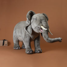 Load image into Gallery viewer, Elephant Seat