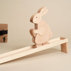 Wooden-Walking-Rabbit-Toy-and-Ramp