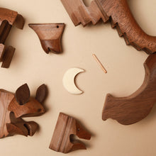 Load image into Gallery viewer, Wooden 3-D Howling Wolf Puzzle | Walnut - Puzzles - pucciManuli