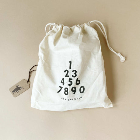bamboo-numbers-set-in-fabric-drawsting-bag