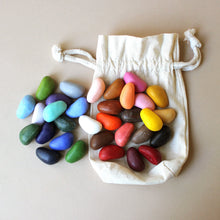 Load image into Gallery viewer, Crayon Rocks | 32 Colors in Muslin Bag - Arts & Crafts - pucciManuli