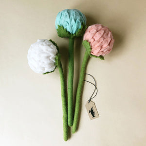 felted-allium-flower-bouquet-with-blue-pink-and-white-flowers-and-green-stems