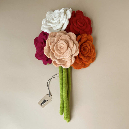felted-blooming-rose-bouquet-of-various-colors-and-green-stem