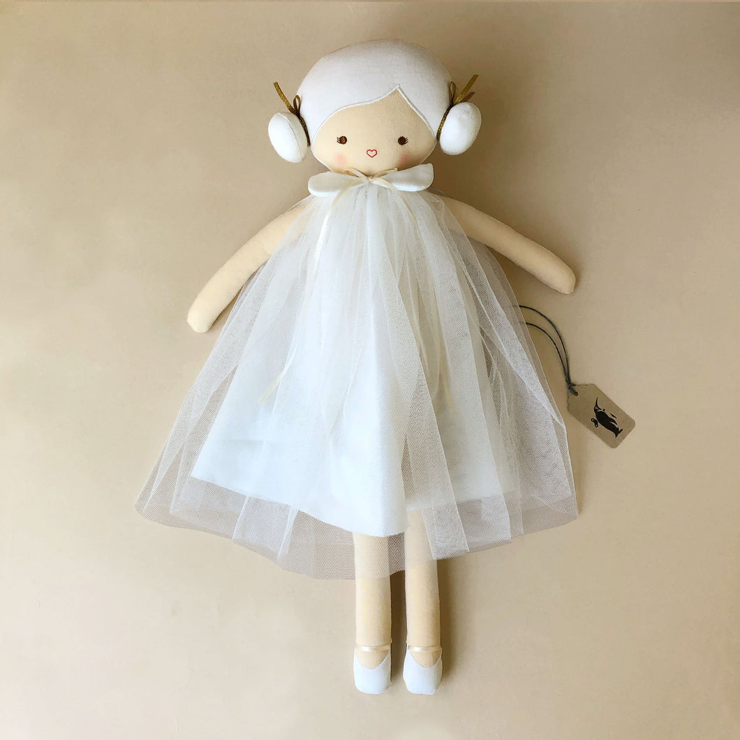lulu-doll-in-ivory-tulle-dress-with-white-hair-in-two-buns