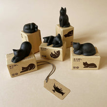 Load image into Gallery viewer, five-japanese-cat-erasers-in-different-poses
