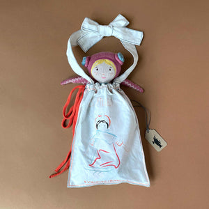 colette-doll-in-her-gift-bag