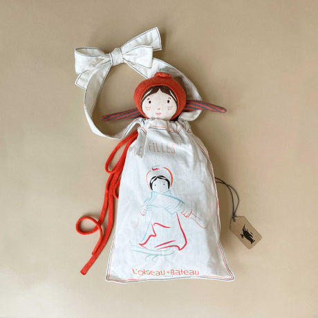eugenie-doll-in-her-gift-bag