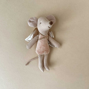 matchbox-mouse-little-sister-fairy-wings-blush