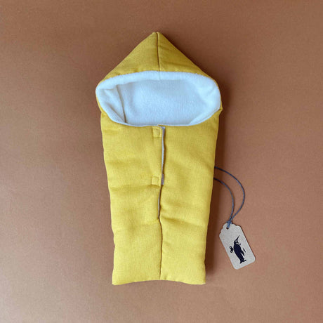 petite-sleeping-bag-in-butterscotch-with-white-lining