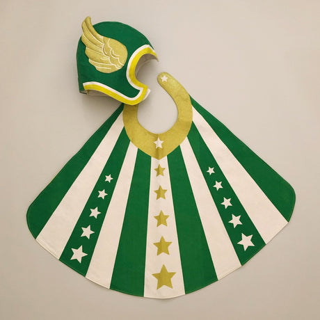 pretend-play-hero-set-green-cape-and-hat