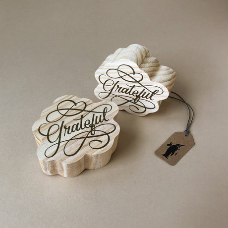 wood-block-art-grateful-mini-with-cursive-text