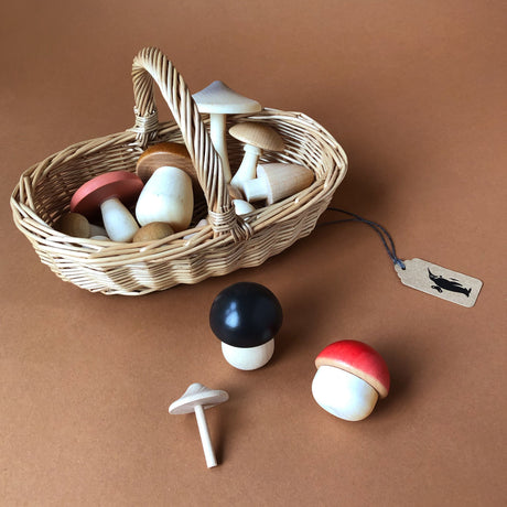 Wooden Forest Mushrooms with Basket - Pretend Play - pucciManuli