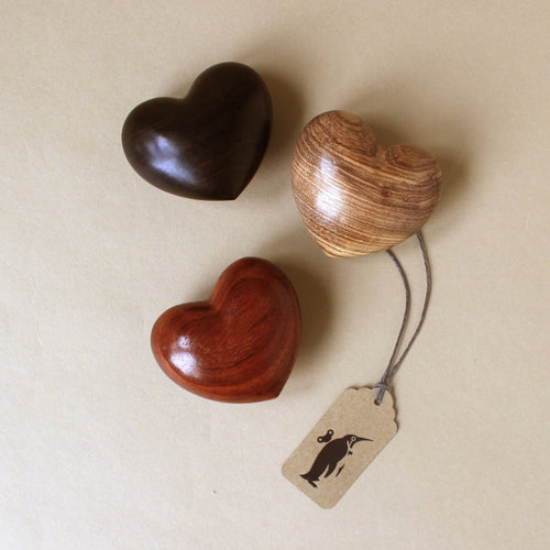 wooden-hearts-in-dark-wood-cherry-wood-and-medium-wood-tones