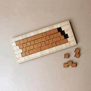wooden-keyboard-puzzle-in-light-wood-frame-and-medium-wood-keys