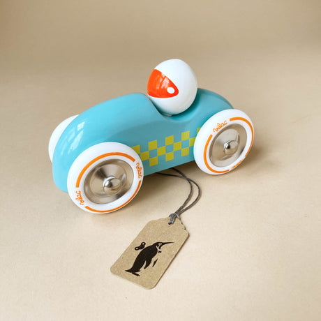wooden-rally-car-blue-with-yellow-checkers