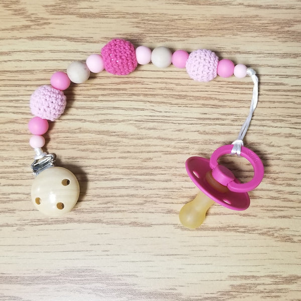 Pacifier Clip + Bibs size 2 - Pink