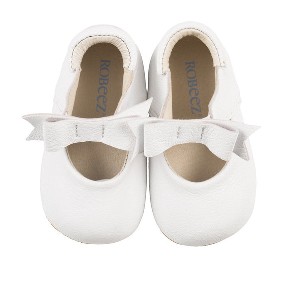 Robeez Sofia White first kicks