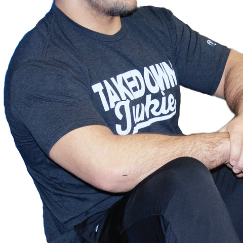 TAKEDOWN JUNKIE GRAPHIC TEE