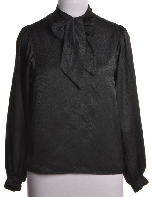 Party Top Black With A Neck Tie