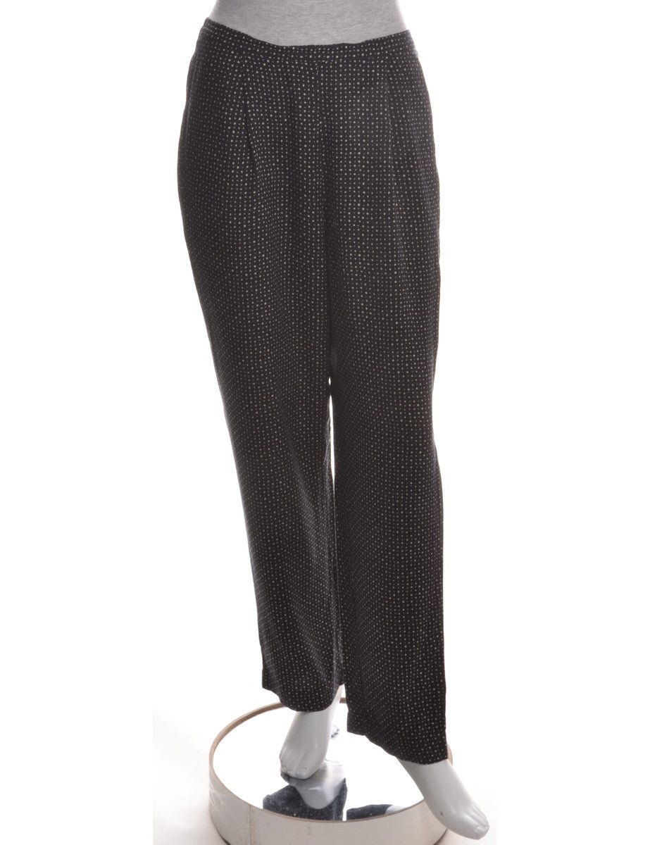 Casual Trousers Black With An Elasticized Back