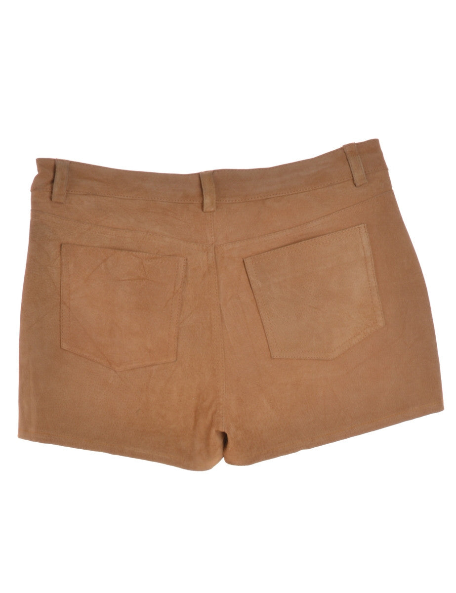 Beyond Retro Label Suede Shorts Beige With A Button And Zip Fly