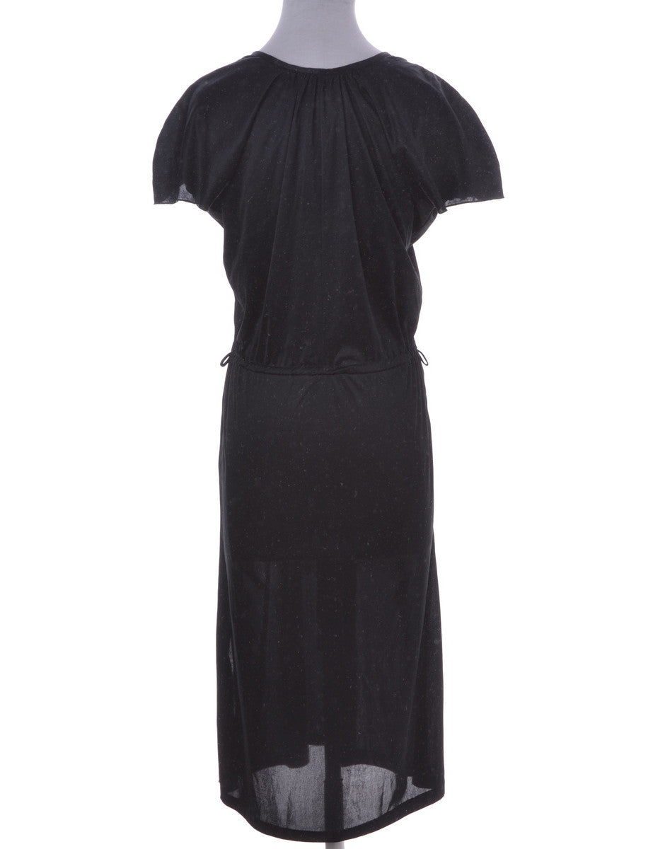 Day Dress Black With An Elasticized Waist