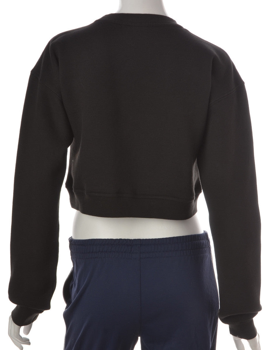 Beyond Retro Label Cropped Fitted Sweatshirt Black With A Round Neck