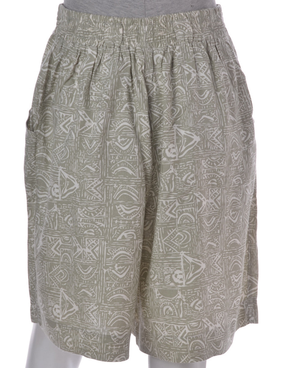 Vintage Casual Shorts Light Green With An Elasticized Waist