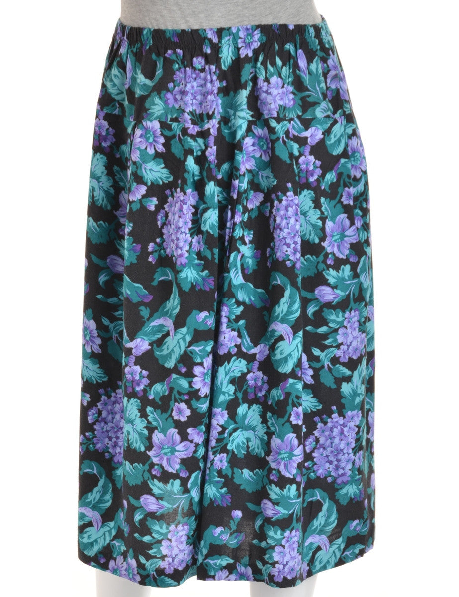 Midi Skirt Black With An Elasticized Waist