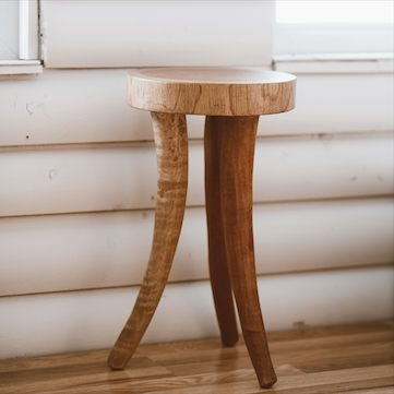 hand-carved-cedrela-wood-rot-resistant-small-accent-table