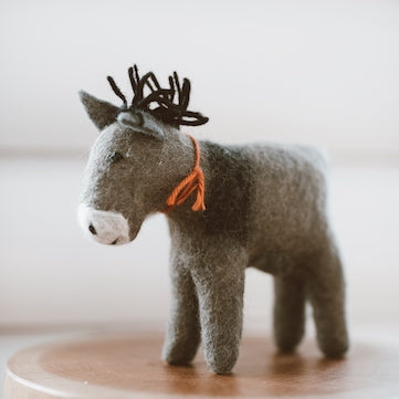 kathmandu-nepal-hand-made-felt-small-family-owned-fairtrade-organic-wool-donkey