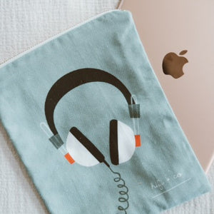 organic-cotton-headset-case-bag-organizer