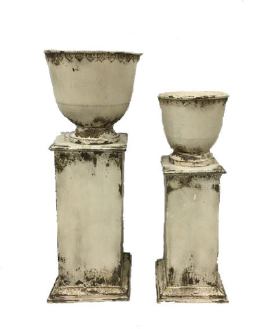 Urn On Base (Set Of 2)