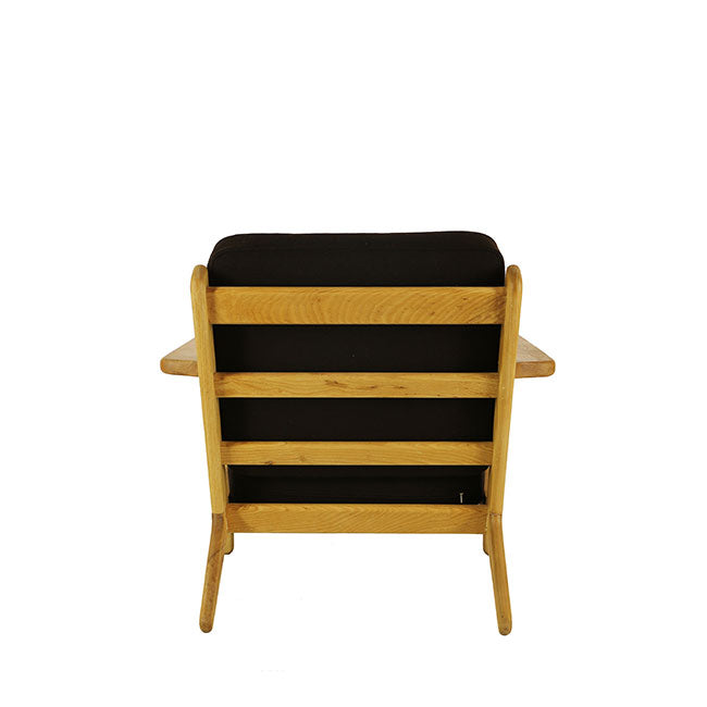 mid century modern black chair