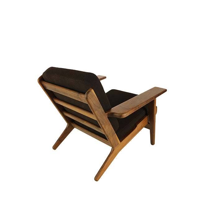 modern brown lounge chair