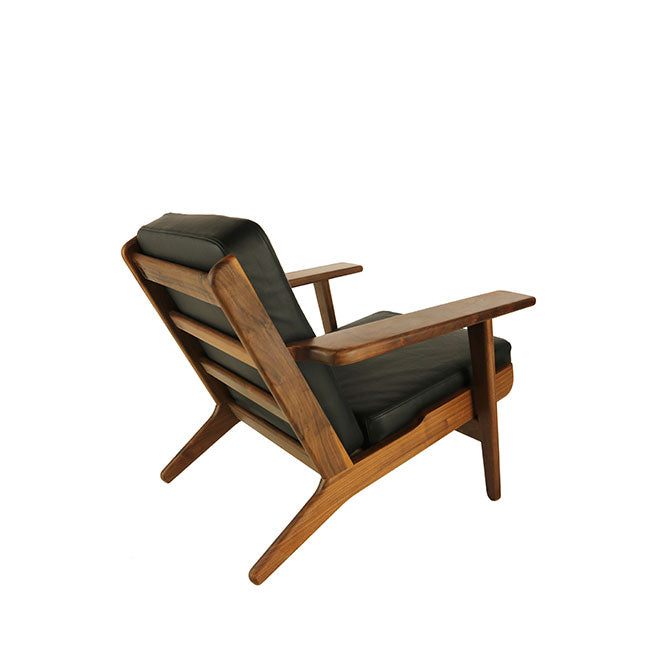 brown leather modern lounge chair